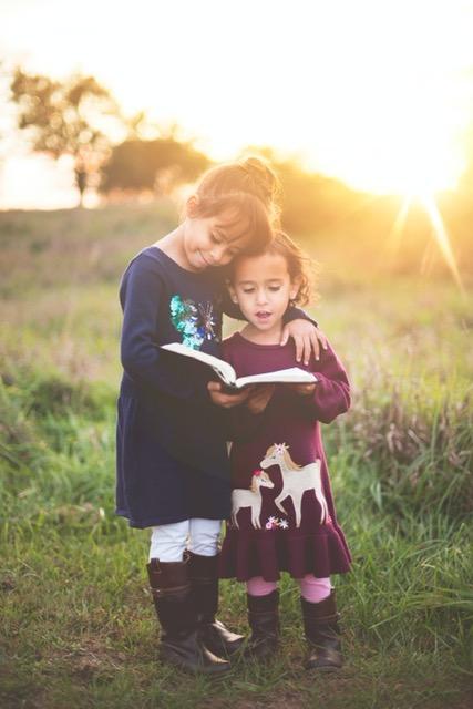 Reading improves language