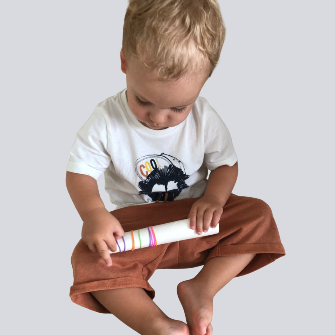removing elastic bands toddler activity