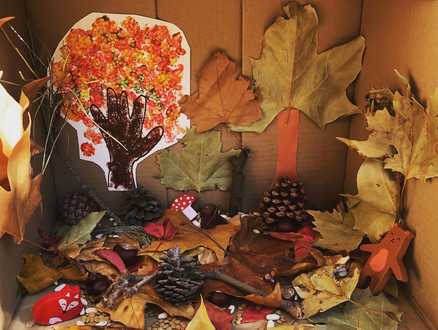 Autumn activities for toddlers, small world